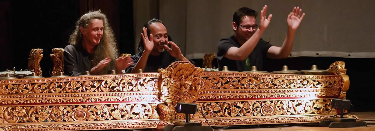 Reyong Fingers Gamelan Padhang Moncar Nz Gamelan Wellington