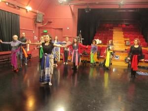 Niken Waloejo conducted a dance workshop (Tari Merak)