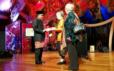 Indonesian honour for Allan Thomas and Jack Body