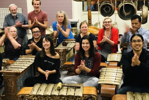 Picture of gamelan players